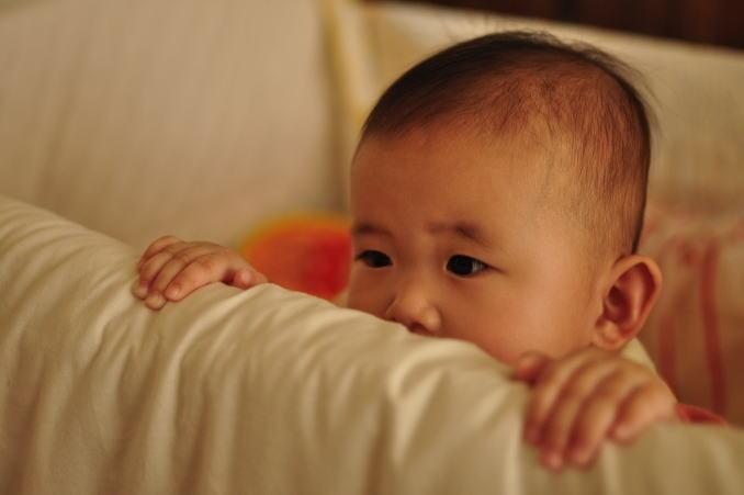 赤ちゃん つかまり立ち2.jpg