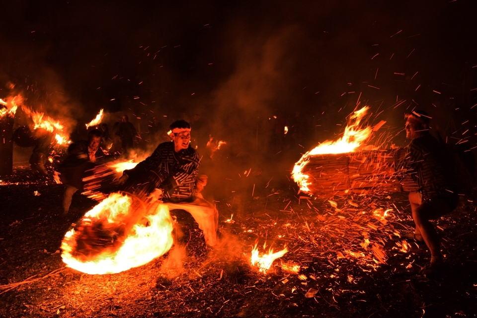 火おんどり画像3.jpg