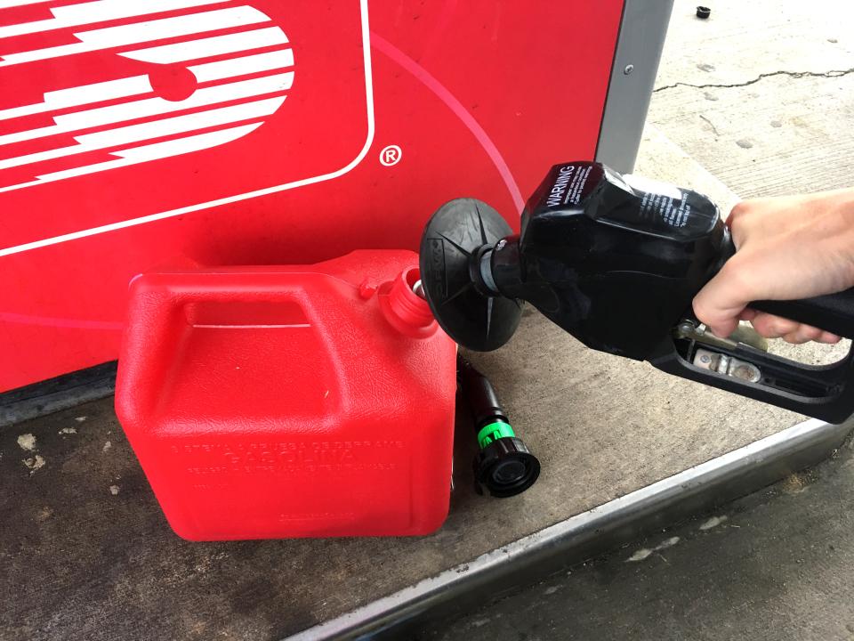 アメリカ芝刈り機ガソリン