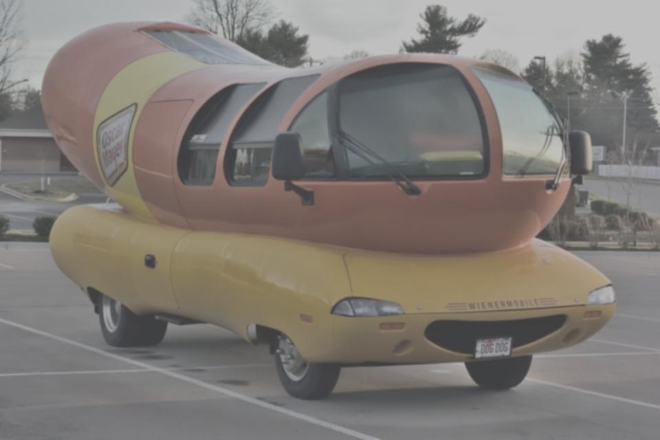 未来の車のデザインは楕円形1.jpg