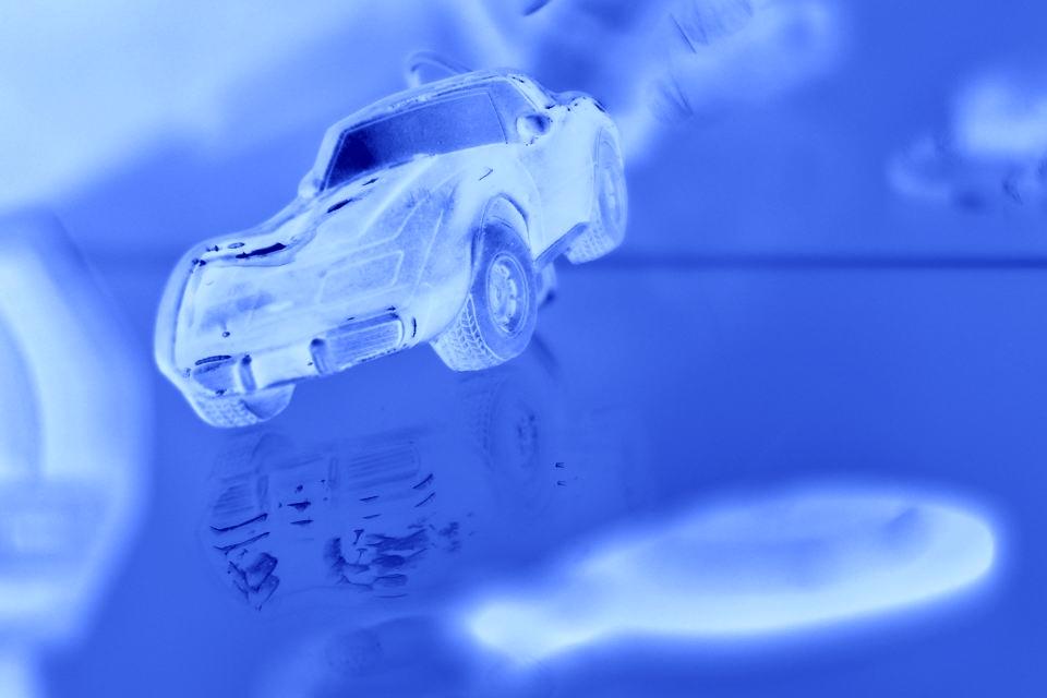 未来の車のカラーデザイン2.jpg