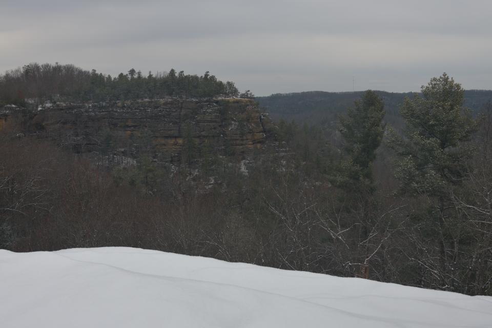 雪のナチュラルブリッジKY1.jpg