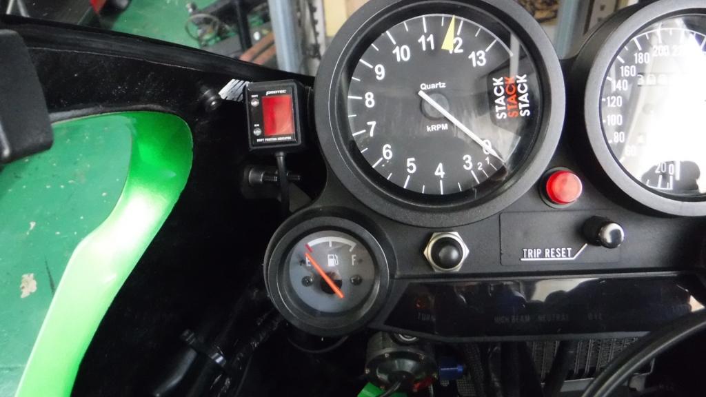 シフト インジケーター バイク
