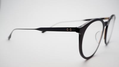 DITAのサングラス