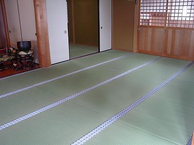 大阪門真市の紋縁のお寺のたたみ表替え�