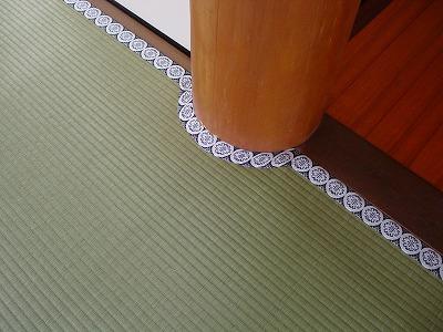 紋縁による丸柱施工例�