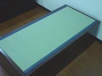東レ敷楽カラー畳表にデニム畳縁で収納付き畳ベンチ