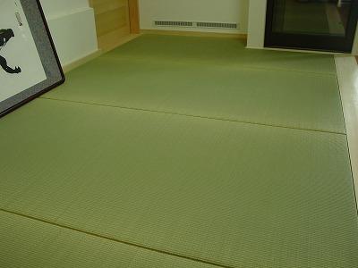 殺虫農薬未使用天然い草目積織りヘリ無し一畳タイプの施工例?