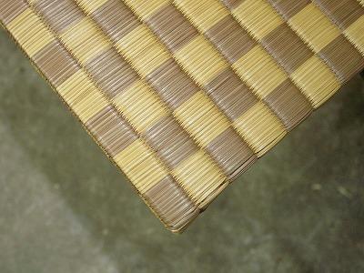 天然い草全面市松柄カラーへりなし畳の製作(りゅうきゅう畳)?