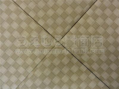 『リーフグリーン前面市松柄を市松敷き?のステキな、カラー縁無し琉球畳の施工例です。』積水成型カラー琉球畳取扱い店うえむら畳商店?