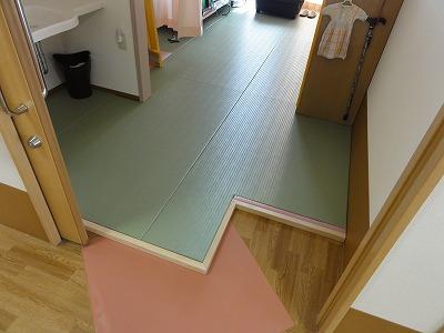"""""""ピンク色が、かわいいですね。""""老人ホーム用(介護施設)やわらかあんしん畳琉球畳施工例。介護保険住宅改修には、うえむら畳のたたみ。?"""