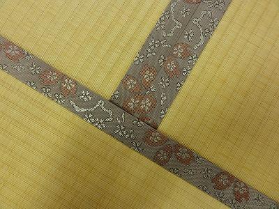 『暖色系カラー花柄縁付き畳が出演前のココロを癒します。』(縁付き畳施工例)大阪府大東市の国産畳専門店の畳屋さん9