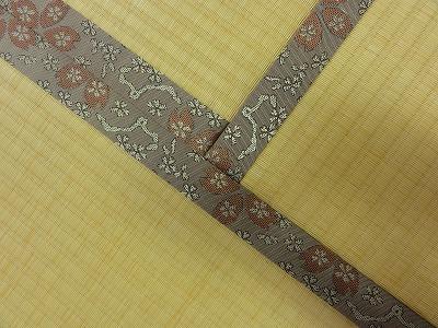 『暖色系カラー花柄縁付き畳が出演前のココロを癒します。』(縁付き畳施工例)大阪府大東市の国産畳専門店の畳屋さん10