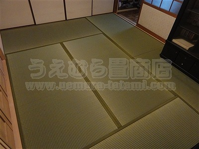 和室(畳)→洋室(フローリング)→フローリング上に総畳敷き。やっぱり気持ちいい畳フロアーの暮らし。?