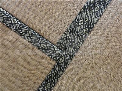 極太(GOKUBUTO)×デニム デザイン敷きを楽しむ きなり畳施工事例。縁無し琉球畳・へり付き畳・介護畳・お風呂畳・ペット畳のうえむら畳2