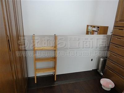 桃色(モモイロ)気分な・・・畳ベッドへ。。。大阪府大東市の家庭用国産畳専門店うえむら畳畳ベッド施工事例8