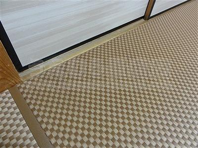 モダン乱敷き畳(デザイン敷き)縁無しへり付き施工事例。(大東市)家庭用国産畳専門店いまどきの畳屋さんうえむら畳8