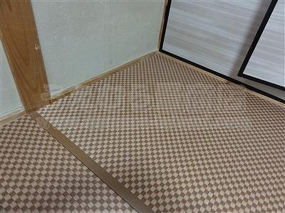 モダン乱敷き畳(デザイン敷き)縁無しへり付き施工事例。(大東市)家庭用国産畳専門店いまどきの畳屋さんうえむら畳9