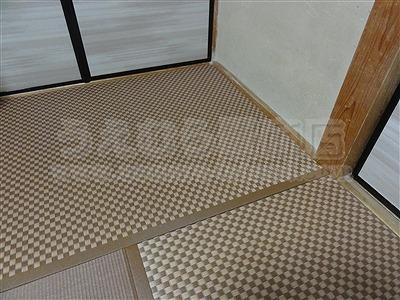 モダン乱敷き畳(デザイン敷き)縁無しへり付き施工事例。(大東市)家庭用国産畳専門店いまどきの畳屋さんうえむら畳11
