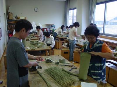 【畳の小物製作体験学習〜いぐさ枕編〜】畳の材料を利用して素敵な小物作り22