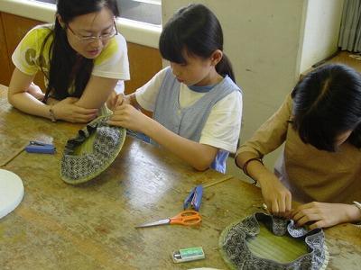 【畳の小物製作体験学習〜円形畳製作偏〜】畳の材料を利用して素敵な小物作り3