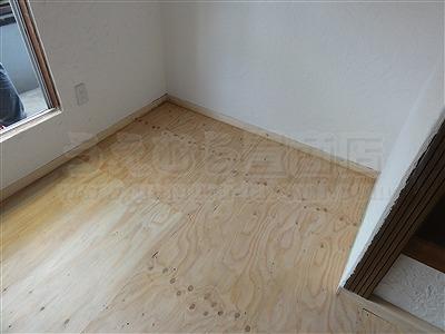 新色ッ!縁無し琉球畳アースカラーで床(フロアー)をもっと楽しく施工事例。大阪大東市イマドキの畳屋さん家庭用国産畳専門店うえむら畳2