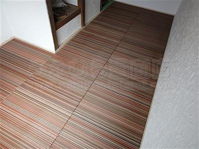 新色ッ!縁無し琉球畳アースカラーで床(フロアー)をもっと楽しく施工事例。大阪大東市イマドキの畳屋さん家庭用国産畳専門店うえむら畳7