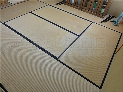 純白色縁無し琉球畳に模様替えでウキウキ暮らし・・・。大阪家庭用国産畳専門店うえむら畳1