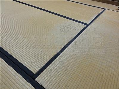 キャスターで傷む床(フローリング・畳)をチェアーマット敷きでカンタン解決ッ!大阪家庭用国産畳専門店うえむら畳1