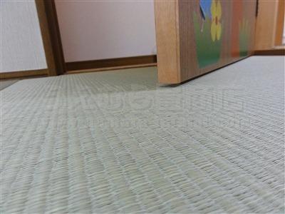 子どもたちは知っているいちばんキモチイイ床を…。縁無し琉球畳大阪家庭用国産畳専門畳店うえむら畳6