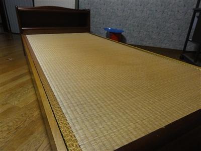 ペットの粗相も安心して眠れるペット用畳ベッド。大阪家庭用国産畳専門店いまどきの畳屋さんうえむら畳2