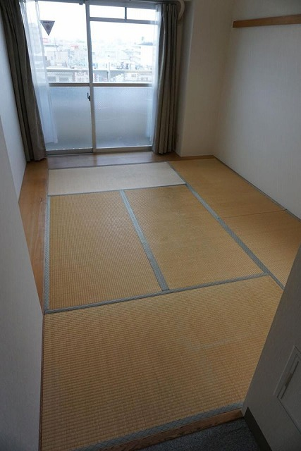 シルバー世代にも安心なTATAMI(畳)へ模様替え:大阪大東市家庭用国産畳専門店イマドキの畳屋さんうえむら畳1