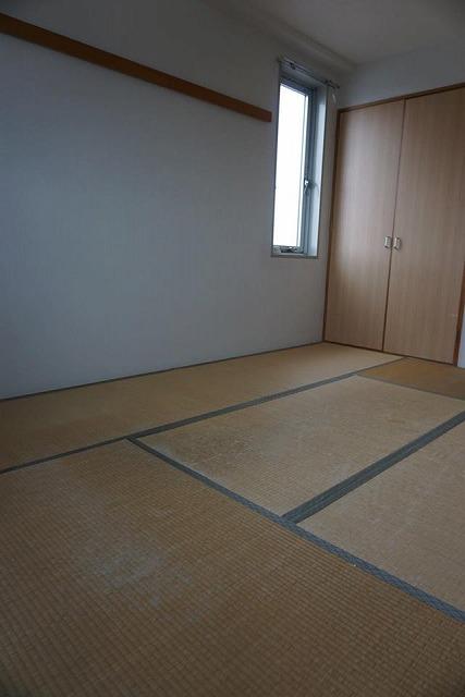 シルバー世代にも安心なTATAMI(畳)へ模様替え:大阪大東市家庭用国産畳専門店イマドキの畳屋さんうえむら畳3
