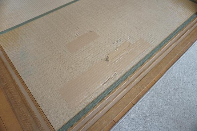 【カラー和紙製縁無し琉球畳】念願の縁無し琉球畳に模様替え。大阪大東市家庭用国産畳専門店うえむら畳7