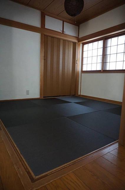 【カラー琉球畳】チャコール色がステキなお部屋に模様替え。大阪大東市家庭用国産畳専門店うえむら畳3