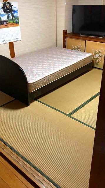 【シニアシルバー畳】ベッドの床はフローリングより畳が安心安全ッ!大阪府大東市家庭用国産畳専門店うえむら畳5