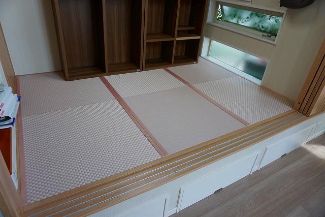 カラー縁無し琉球畳では無いカワイイお部屋に模様替え。(小上がり3帖間ピンク色市松柄施工事例)7