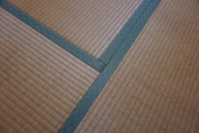 カラー縁無し琉球畳インディゴ×グレーで暮らす。畳の模様替え施工事例(大阪府大東市)大阪府大東市家庭用国産畳専門店うえむら畳1