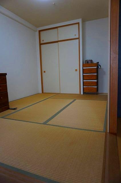 カラー縁無し琉球畳インディゴ×グレーで暮らす。畳の模様替え施工事例(大阪府大東市)大阪府大東市家庭用国産畳専門店うえむら畳5
