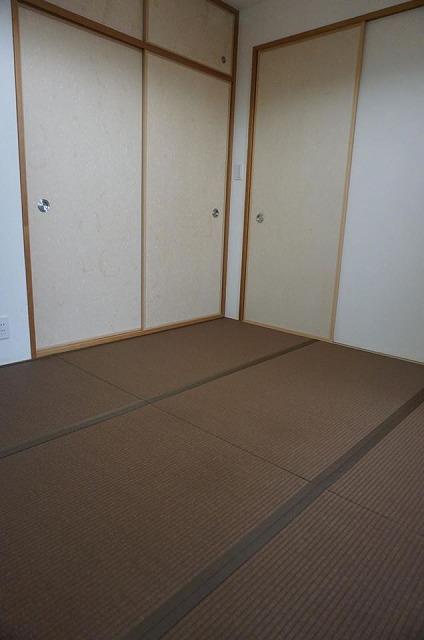 〜和紙カラー畳×同系色縁×デザイン敷きで極薄畳のお部屋を模様替え〜大阪大東市イマドキの畳屋さんうえむら畳4
