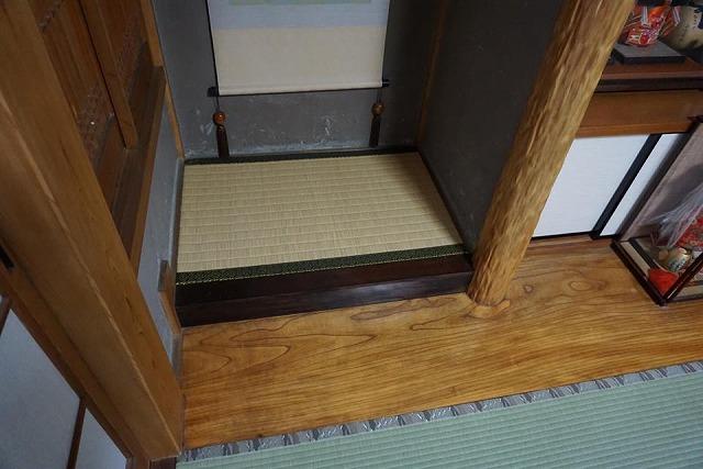 高級板入れ天然稲わら畳(棕櫚裏・丹波裏)板締め&表替えのご依頼。家庭用国産畳専門店うえむら畳1