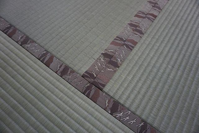 高級板入れ天然稲わら畳(棕櫚裏・丹波裏)板締め&表替えのご依頼。家庭用国産畳専門店うえむら畳6