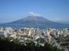 鹿児島市街地と桜島の雄大な御岳