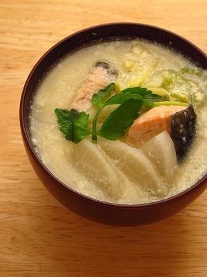 石狩鍋風豆乳味噌汁