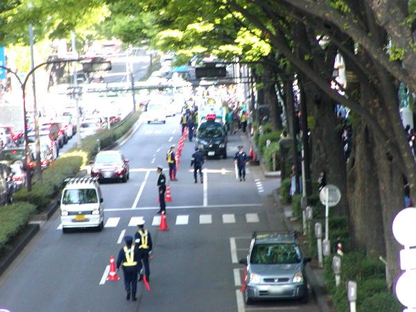 東京原宿交差点手前