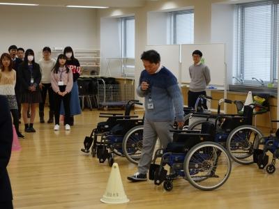 車椅子講義2.JPG