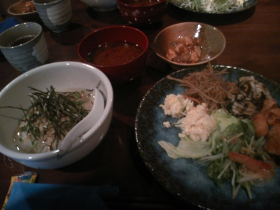 大須 湯葉丼のお店3