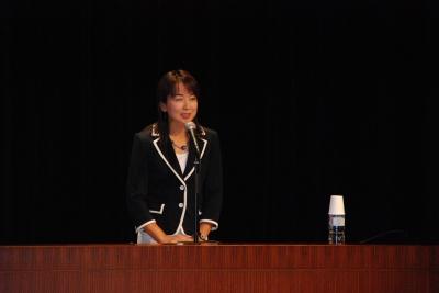秋沢淳子さん