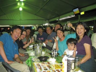北大のお若い雪氷・気象の先生的場さん、中村さん、杉山さんご一家、ひぐちさんとお知り合いの山岳ガイドの伊藤さん(ハンター)、もりこさん。