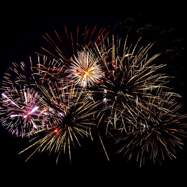 Fireworks 1094235 640